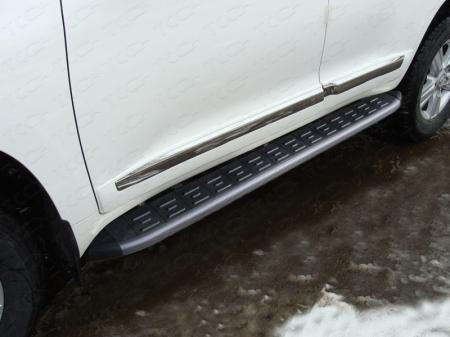 Toyota Land Cruiser 200 2015 Пороги алюминиевые с пластиковой накладкой (карбон черные)  1720 мм